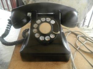 Antique Northern Electric Desk Phone.