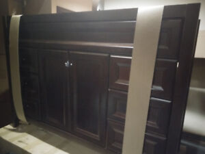 St. Paul Bathroom Vanity Combo - New!