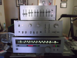 Sansui t-60 tuner in very good condition $40