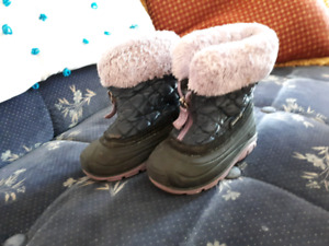 Toddler Girl's Size 7 Winter Boots