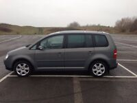 BARGAIN VW TOURAN 2.0 TDI PD DIESEL IMMACULATE CONDITION MUST GO 7 SEATER ONLY 2500 ONO