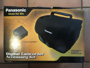 PANASONIC DIGITAL CAMCORDER ACCESSORY KIT 3 (Case & Battery)