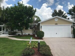 SNOWBIRD ALERT - Southwest Florida - North Fort Myers for RENT!