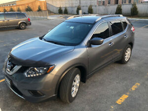 Nissan Rogue S,CAM, Leath, NAV, Winter Tires, Bluetooth