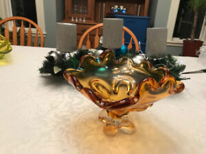 Heavy Amber Chalet / Lorraine Art Glass Bowl