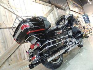 2009 Harley-Davidson FLHTCU Ultra Classic Peterborough Peterborough Area image 3