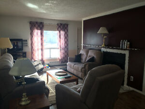 Fully furnished 1-bdrm ground floor condo...MOVE IN NOW!