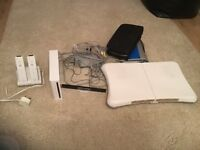 FOR SALE NINTENDO WII COMPLETE