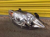 Seat Ibiza front genuine headlight headlamp 2010