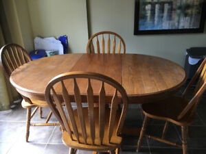 Solid oak kitchen table and chairs