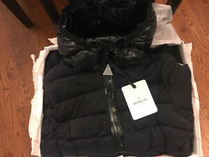 __100% AUTHENTIC BRAND NEW Women's MONCLER Quilted Down Coat__