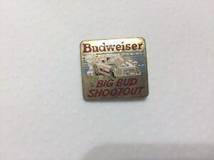 Assorted vintage pins- Budweiser