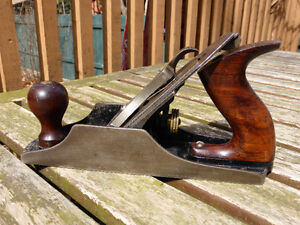 BUYING VINTAGE & OLD HAND TOOLS - PLANES, SAWS, CHISELS, ANVIL