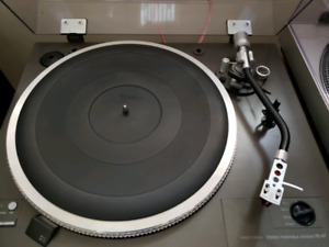 Sony PS-X7 turntable fully automatic record player