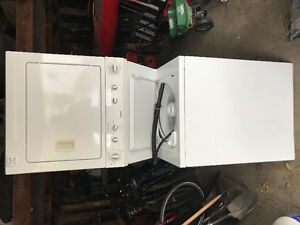 Like new Kenmore extra large stackable washer dryer