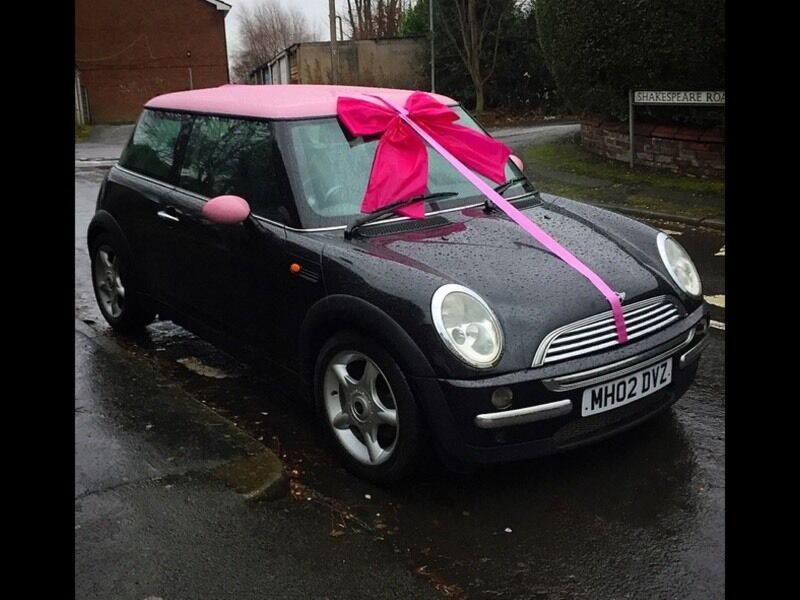 2002 Mini Cooper Black With Pink Roof Ie Car