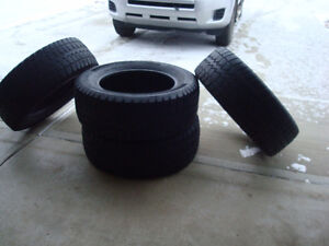 265/60R18 set of 4 winter tires