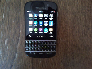 Blackberry Z10 with case AND Blackberry Q10 for sale Kitchener / Waterloo Kitchener Area image 3