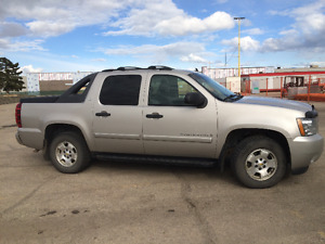 2009 Chevrolet Avalanche LS SUV, Crossover