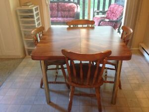 Table with Leaf and 4 Chairs For Sale