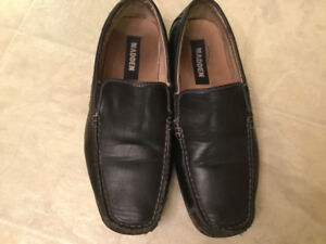 Size 8.5 Madden men's dress shoes
