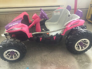Fisher Price Power Wheels Dune Racer