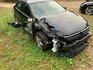 2013 Jetta TDI Comfortline for repair or parts