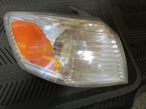 2000-2001 Toyota Camry Right Park lamp