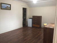 Room for rent in Crescent Heights NW,  Available Now,
