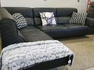 Free delivery ! Modern leather sectional