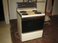 GE Stove for sell