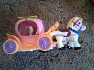 Musical carriage toy