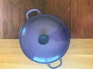 Le Creuset Braiser - 4.7L Enamelled Cast Iron Cookware Pot