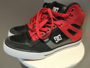 DC Shoes USA - high tops - Size 8 - Like New!