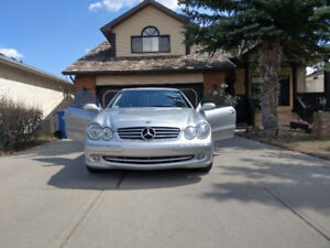 2004 Mercedes CLK coupe in mint condition. 99,300 KM