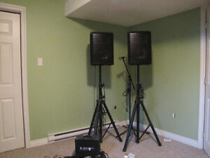 2 Yorkville Speakers with stand, mixer and microphone with stand