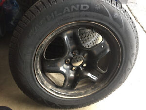 4 winter tires with Rims 225/65R17