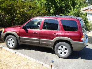2004 Mazda Tribute ES SUV, Crossover- Mint Condition!