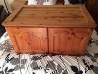 Pine wardrobe top box