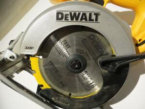 New  Cordless Circular Saw DeWALT DC390, 18-Volt