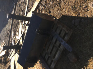 Bucket for tractor or skid steer