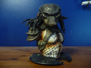 Predator 2 Masked Limited  Resin Bust West Island Greater Montréal image 2