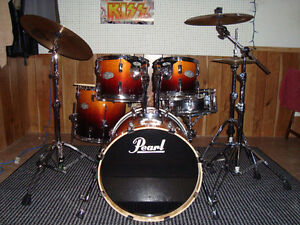 Pearl Drums with Sabian Cymbals