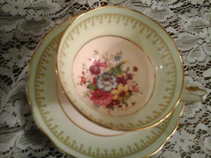 FINE BONE CHINA CUP & SAUCER - HAMMERSLEY, Signed, ENGLAND