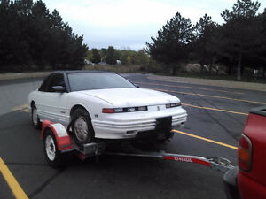1993 Oldsmobile Cutlass International series Coupe (2 door)