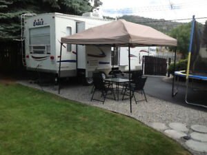 *** RENT ME *** 5th Wheel RV / 2 slides /27 ft.  ( PENTICTON )