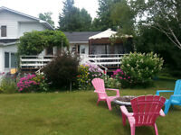 Great family home on a large lot close to Smiths Falls