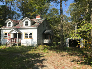 6 Acres Whole House Woodbine and Aurora Rd
