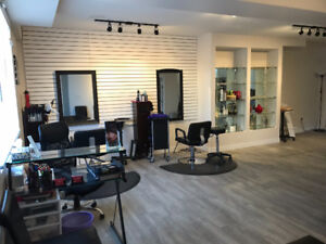Rooms/Chairs for Rent in Riversdale Health Collective