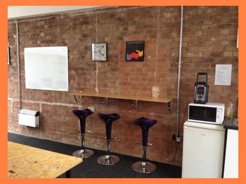 ( E2 - Bethnal Green ) Serviced Offices to Let - £ 380